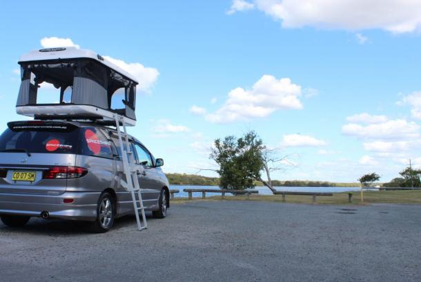 Beta 4 berth rooftop tent set up 5